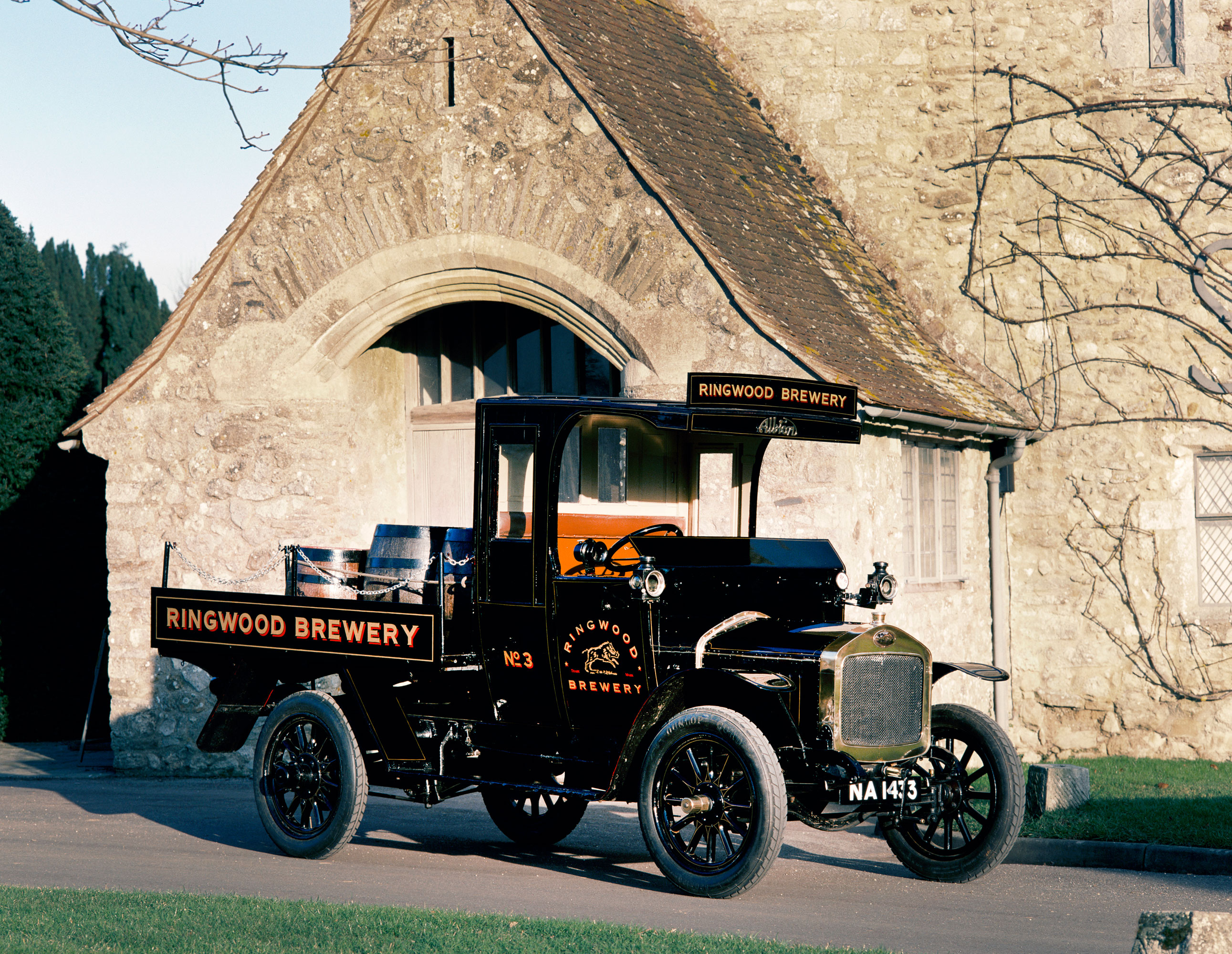 Albion A14 Dray 1914