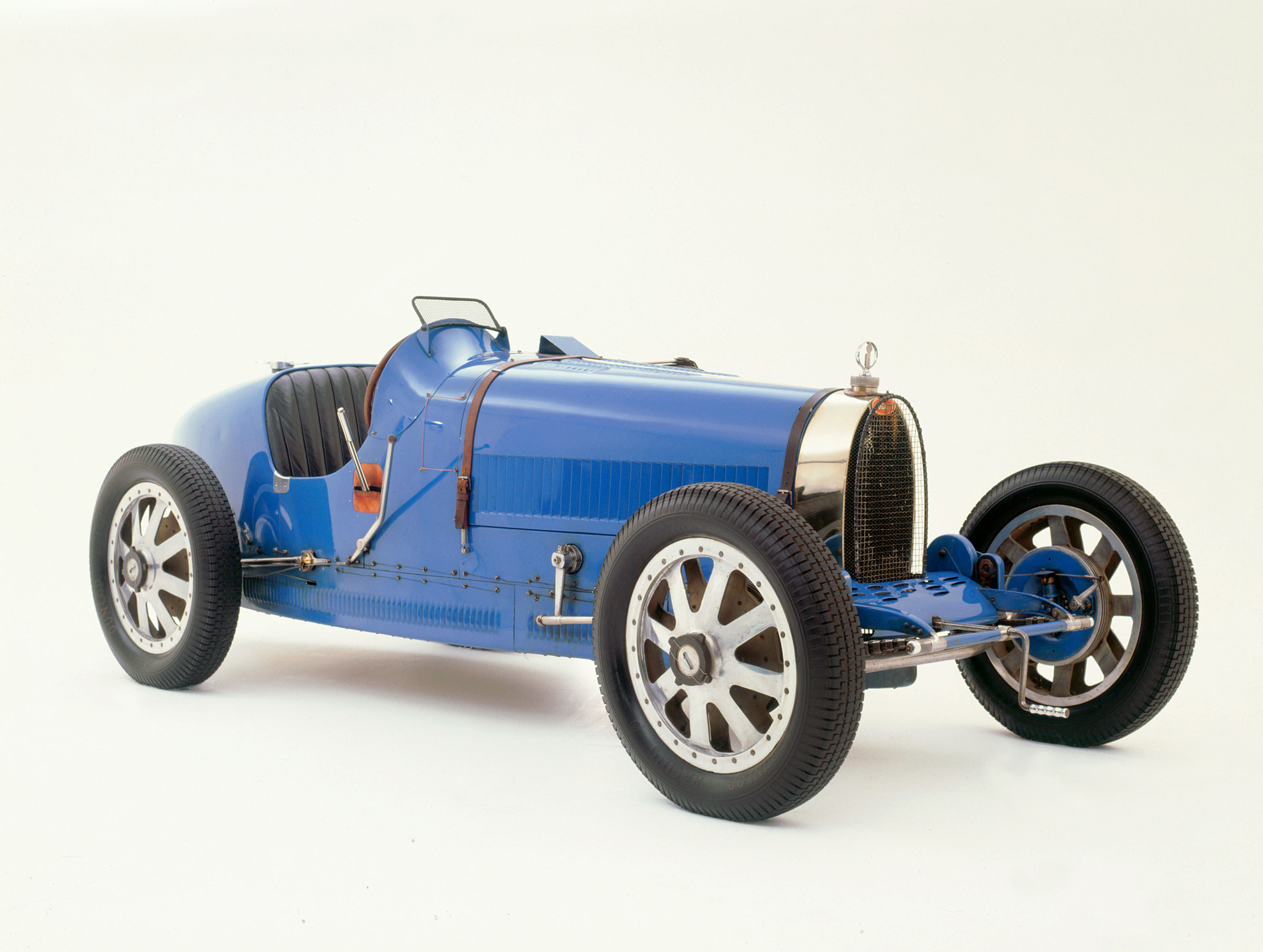 A blue 1924 Bugatti Type 35