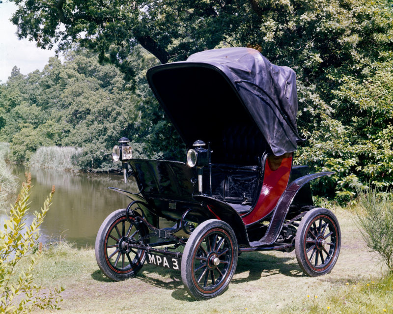 Queen Alexandra's 1901 Columbia electric car