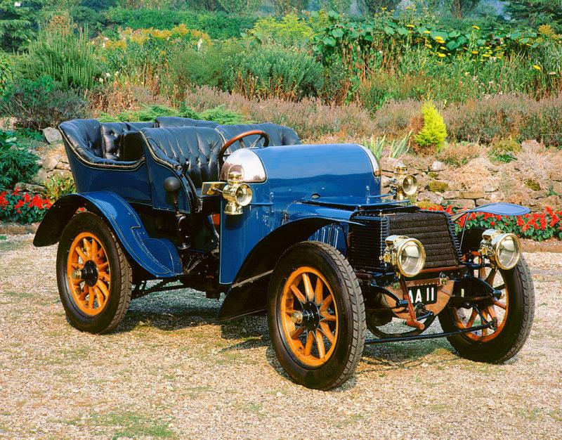 A 1903 Daimler 22hp veteran car