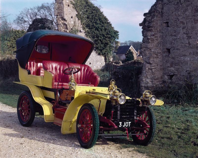 A 1903 De Dietrich 24hp veteran car