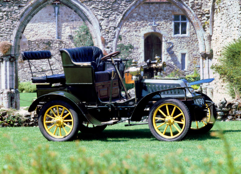 A 1904 De Dion Bouton Model Q 6hp veteran car