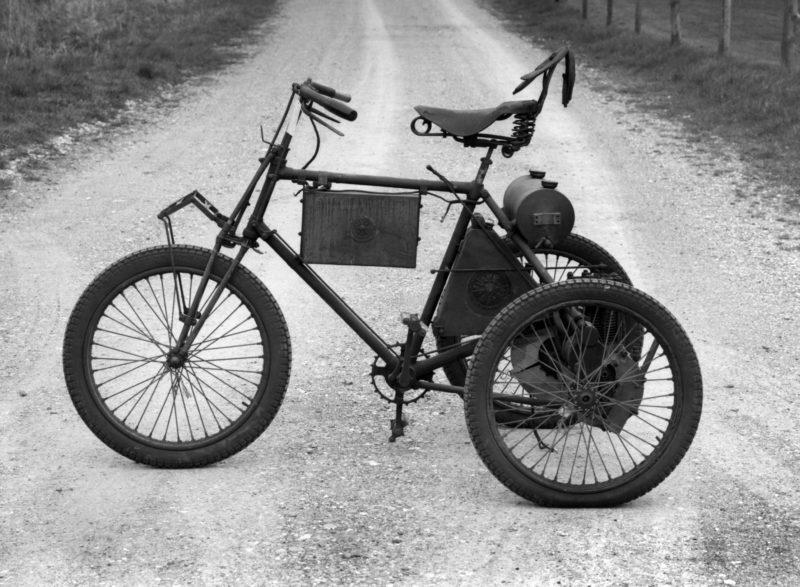 A 1900 De Dion Bouton Tricycle