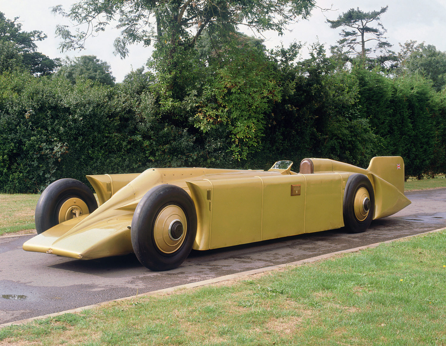 1929 Golden Arrow Land Speed Record car