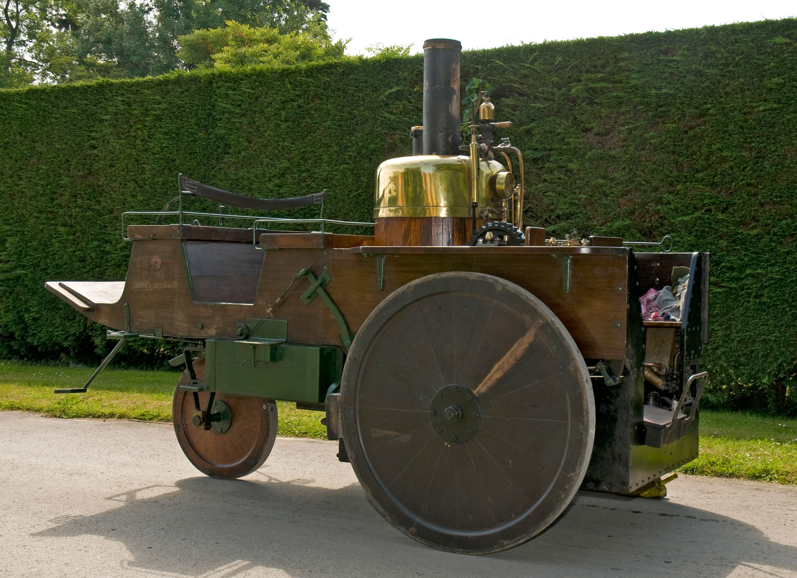 Grenville Steam Carriage - The National Motor Museum Trust