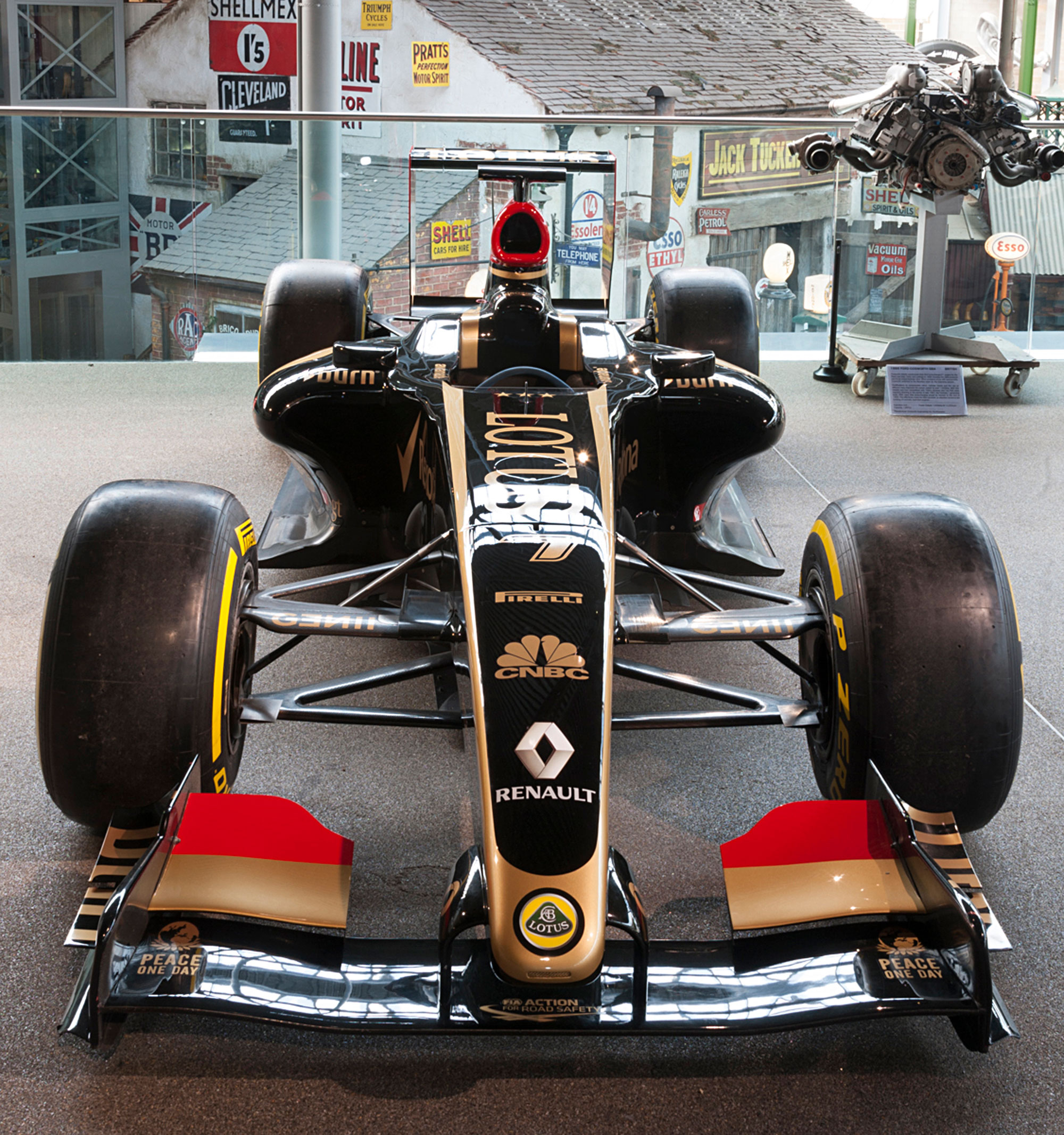 Lotus E20 2012