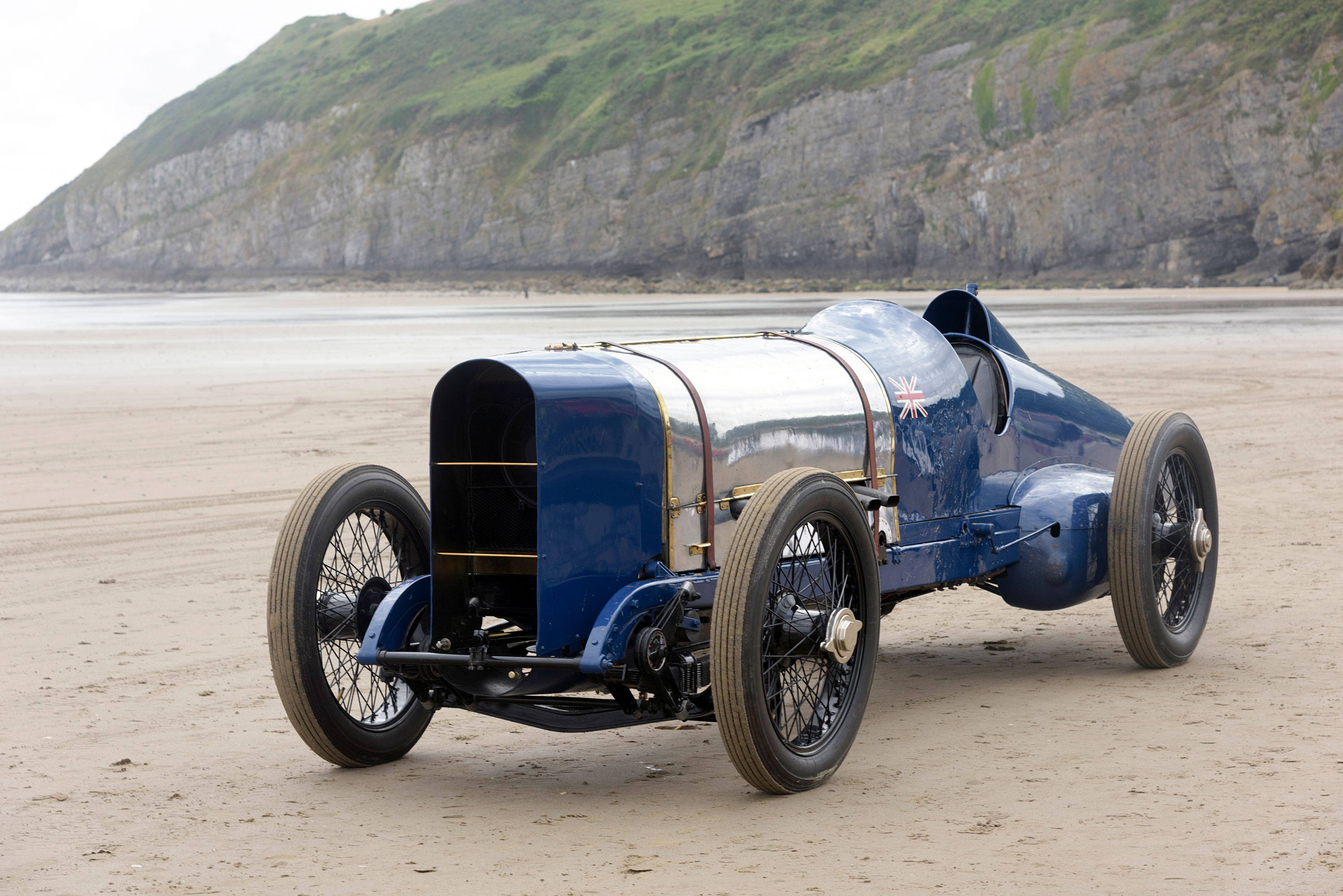 The record-breaking Sunbeam 350hp at Pendine Sands in 2015