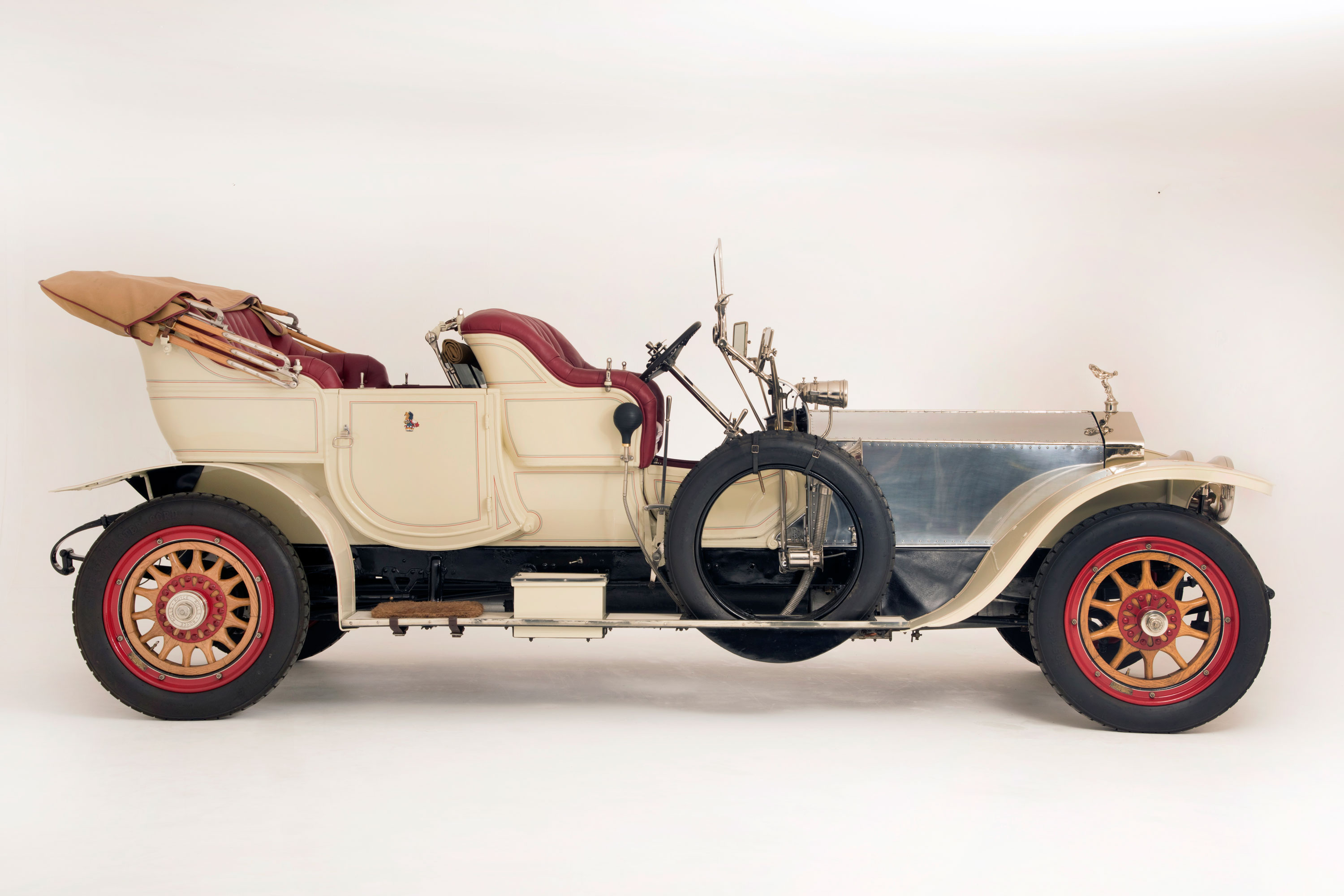 1909 Rolls Royce Silver Ghost in photographic studio