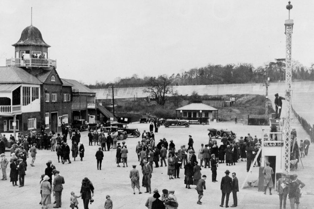 Brooklands paddock area 1922