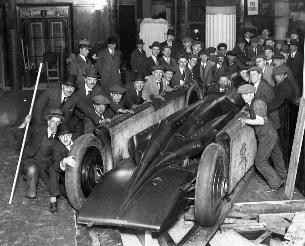 1929 Golden Arrow being unpacked from crate