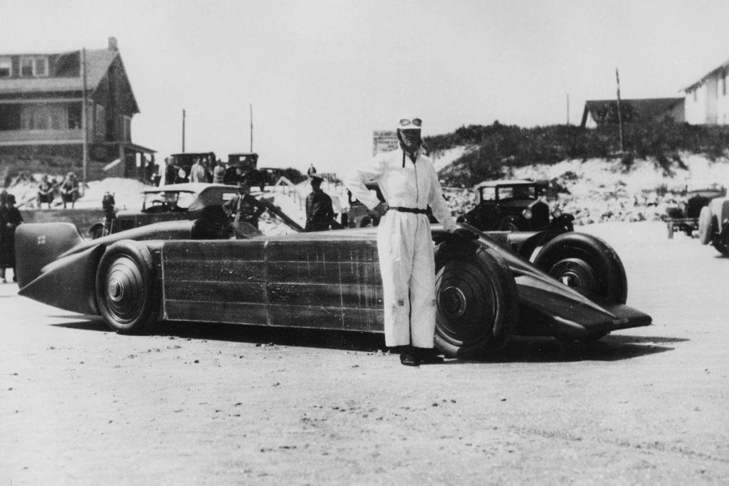Henry Segrave with Golden Arrow at Daytona