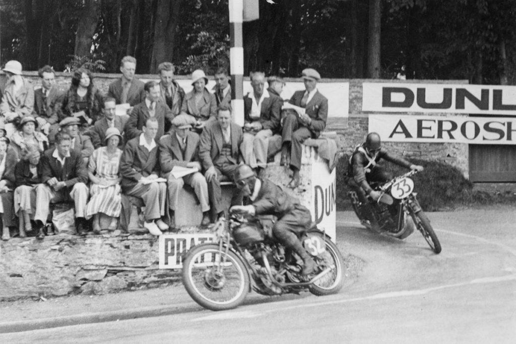 Graham Walker on a Rudge at the 1933 Senior TT