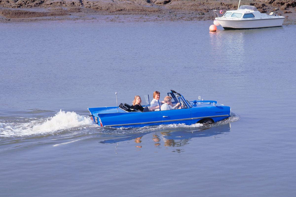 Amphicar on the Beaulieu River